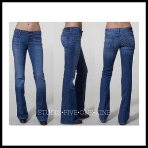 Citizens of Humanity • Ingrid Low Waist Jeans